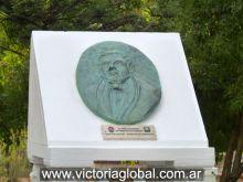 Monumento al fundador de La Matanza, actual ciudad de Victoria (año 2010)