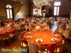 Leer más:Clásicos de Sabina y Serrat en El Jockey Restaurant