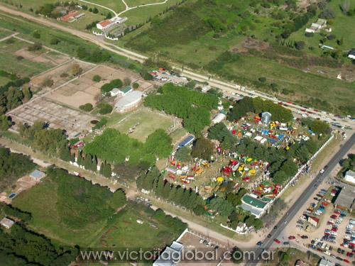 Vista aérea del predio de la Sociedad Rural de Victoria.