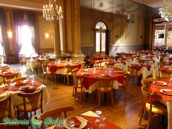 Restaurant y Parrilla El Jockey.