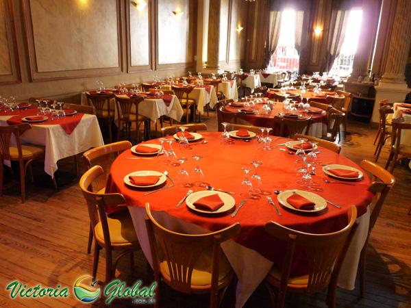 El Jockey Restaurant te espera para vivir una noche única.