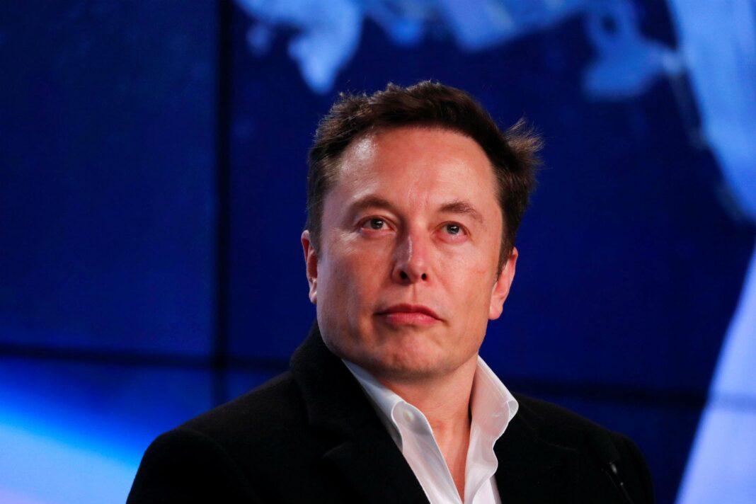 Privado: SpaceX espera llevar los primeros turistas al espacio a fines de 2021
